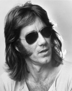 rollingstone:  Doors co-founder and keyboardist Ray Manzarek died today in Rosenheim, Germany after a long battle with bile duct cancer. He was 74.   :(