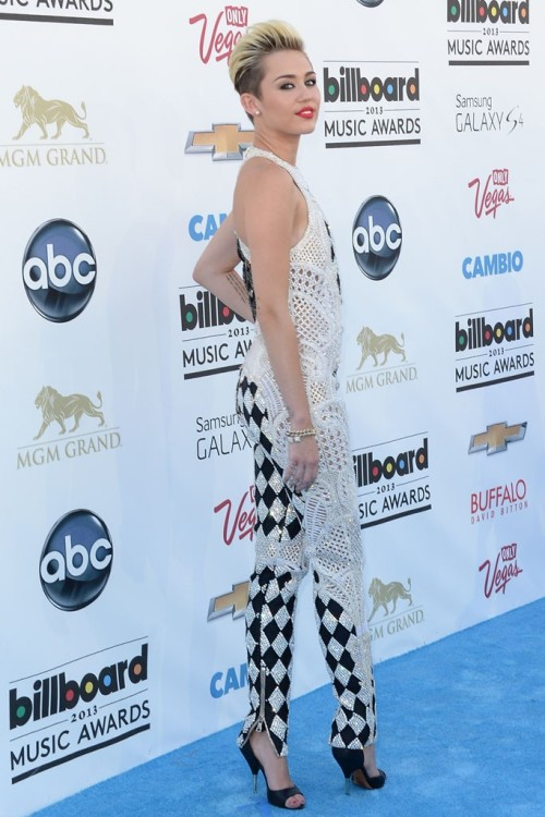 womensweardaily:  Top Footwear Looks at the Billboard Music Awards Miley Cyrus in Givenchy Photo by Getty Images  wow she looked fab