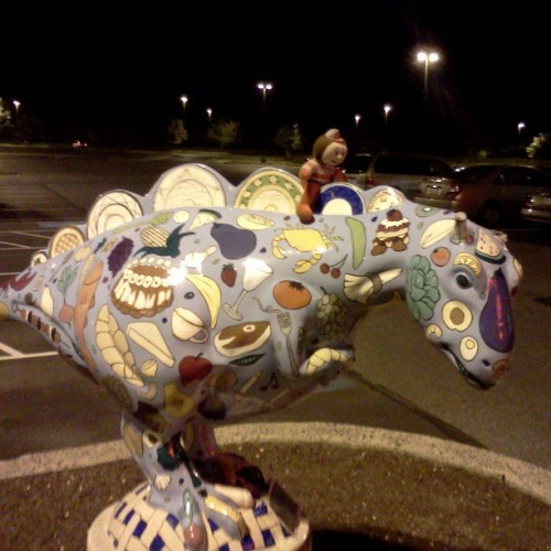 Totally weird random dinosaur sculpture @ a grocer Tags: #dinosaur #sculptutre #photoaday