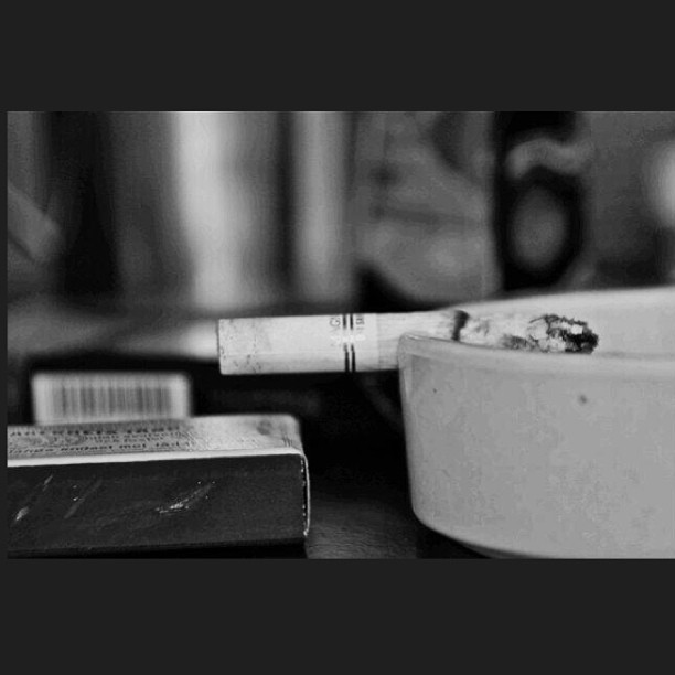 #bnw #black #and #white #blackandwhite #cigarette #mommys #magnum #ashes #filter #indonesian #photography #photograph #art #whatever