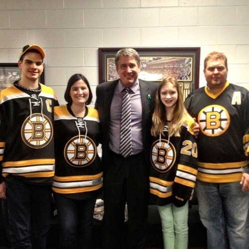 Cam Neely welcomes Sandy Hook Elementary lead teacher Natalie Hammond for tonight's puck drop #nhlbruins