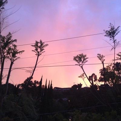 Flashback to last night: the sky was on fire. #nofilter #losangeles #flashbackfriday #yesterday