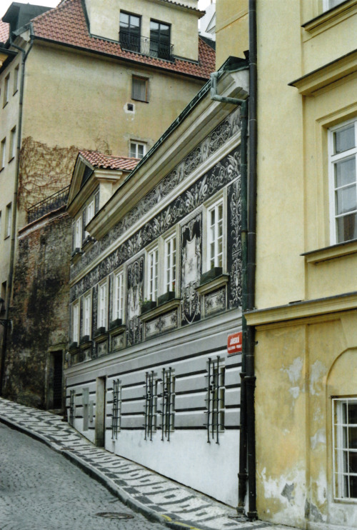 A DRAWING OF A BUILDING IN REAL SPACE / PRAGUE, 2013 I love how the facade just looks like a drawing on a piece of paper.