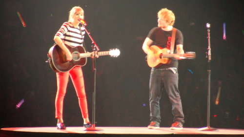 Taylor Swift Red Concert at Orlando FL 4/11/2013 i enjoy it i couldn't believe how close i was enjoy my pictures…