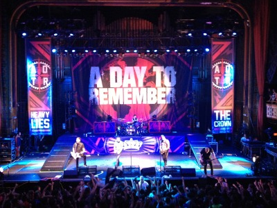 iamashipwreck:  so, the adtr concert was beyond amazing. c: even though i got destroyed in the pit and am still so sore that i can't lift my arms and my chest hurts and my voice is practically gone. but it was so worth it, omfg. they performed a song from their new album and jeremy said that we were the first people to hear it ever. ^u^ good show, good friends, good night. <3