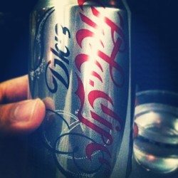 So this is diet coke, she says. Okay then ;) #coke #diet #cocacola #silver #drink #caffeine #airport #cola #travel #soda #drink #beverage #language #mystery #enigma #fun (at Newark Airport Terminal A)