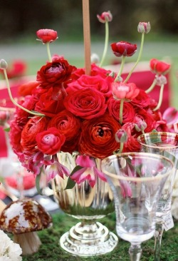bride2be:  red ranunculus and rose centerpiece with moss and mushrooms