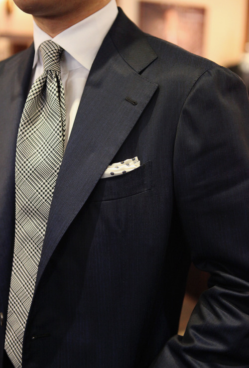 bntailor:  Blue Herringbone & White Solid & White/Black Glen Plaid