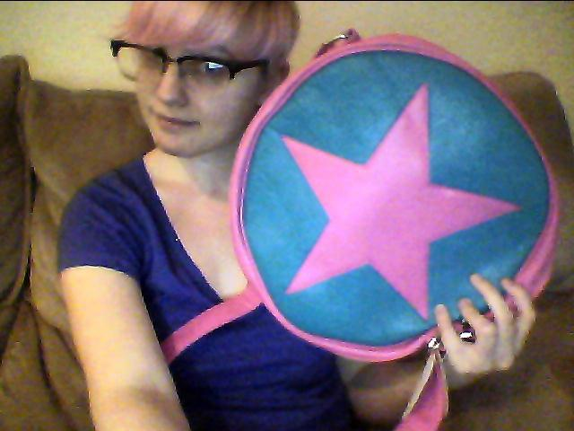 Ramona Flowers subspace purse acquired. Megacon is so close! My cosplay is almost complete.