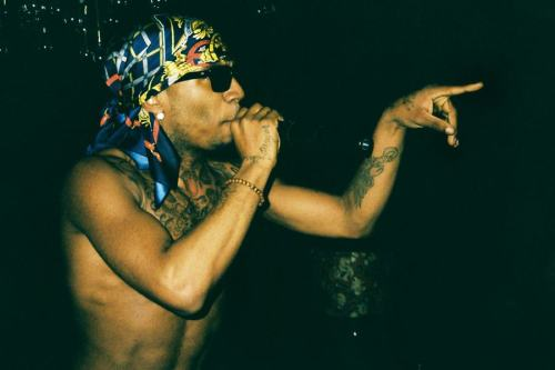 diorpaint:  EXTREMLY RARE PHOTO OF LIL B!!! HAVE YOU EVER SEEN THE MYTH LIVE IS HE EVEN REAL??? - Lil B