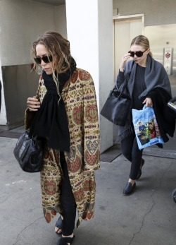 Mary-Kate Olsen Ashley Olsen Olsen Twins olsen mary-kate Mary Kate Olsen mary kate and ashley ashley mary kate olsens olsen sisters