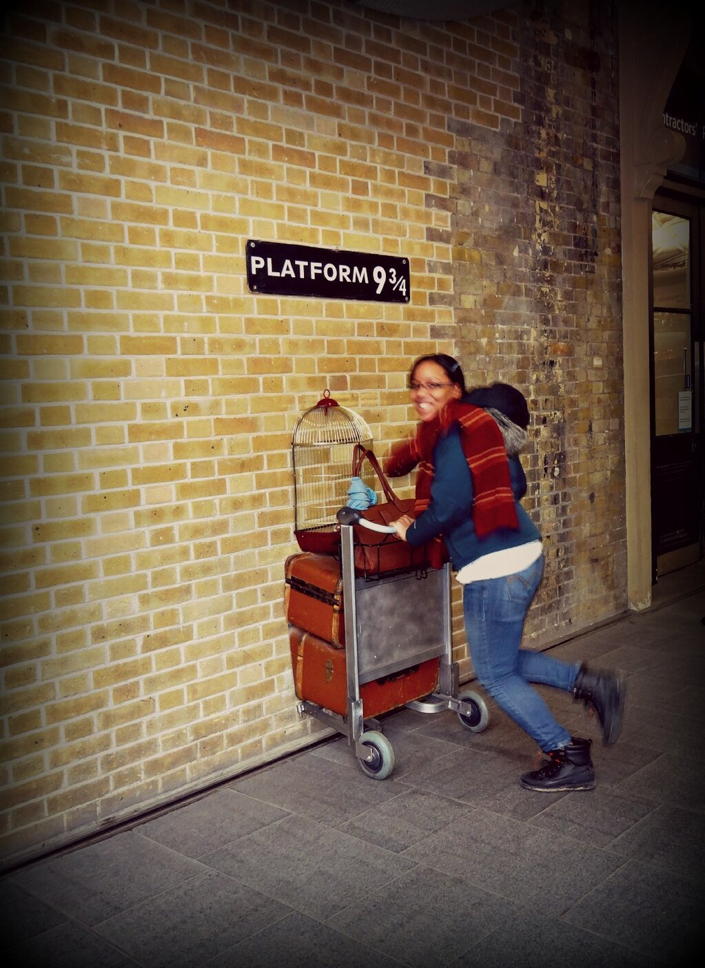 Candice Greene/ London, England  yours truly at platform 9 3/4's on my merry way to Hogwarts #London #England #studyabroad #stjglobal @stjglobal