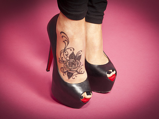 Guess the VH1 Celeb inked foot…