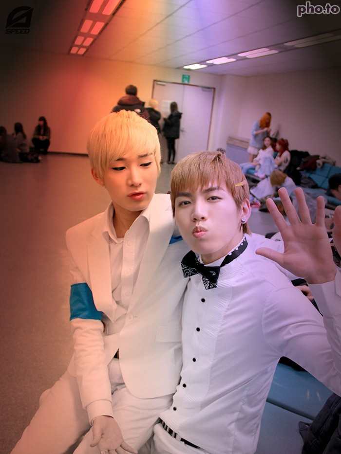 Taehwan moment <3