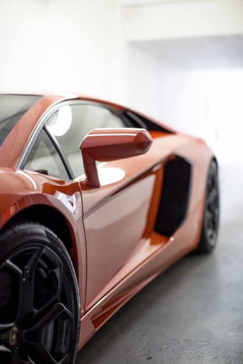paid2shoot:  Another shot from the Lamborghini Aventador shoot last weekend.   Follow my instagram @Paid2shoot