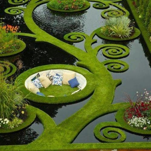 theblacklacedandy:  funnywildlife:  Award Winning Garden Design By Ben Hoyle  I'M SCREAMING THIS IS SO BEAUTIFUL
