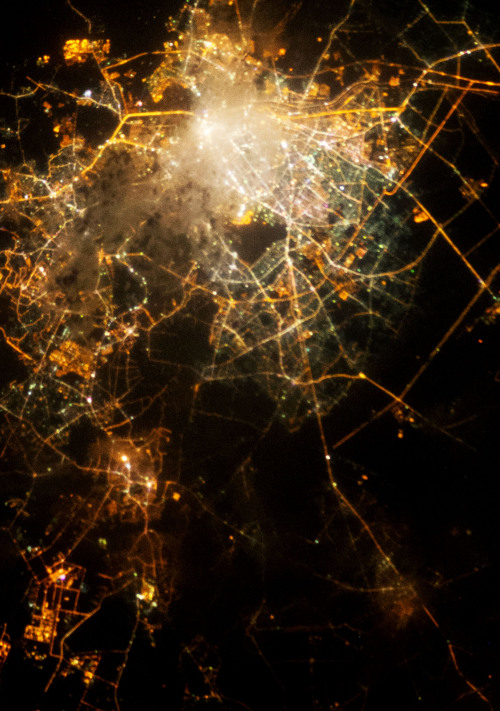 "via infinity-imagined:   City lights photographed from the International Space Station and Neurons imaged with fluorescence microscopy. Source images; Cities (1) (2) (3) (4) (5), Neurons (1) (2) (3) (4) (5)   We can explore this at another level by remembering our old friend slime mold (see my previous slimy posts here), which give us reason to believe that some of the branching patterns and efficient pathways of connecting complex systems are sort of, well, inherent in nature. It's equal parts ""amazing"" and ""not at all surprising"" to find them here in neurons and cities, no?"