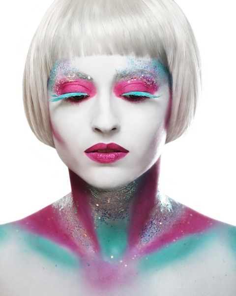 Pink/White/Blue MAKE UP FOR EVER Academy - Paris