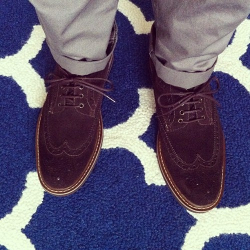 Got a date with a hot girl. Taking these new @beckettsimonon suede wingtips out for a spin.