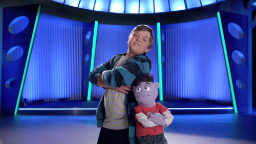 "Disney XD Renews ""Crash & Bernstein"" for Second Season"