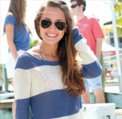 littlemissfabs:  sophiesaysblog:  Vineyard Vines love.  aww Molly!! <>
