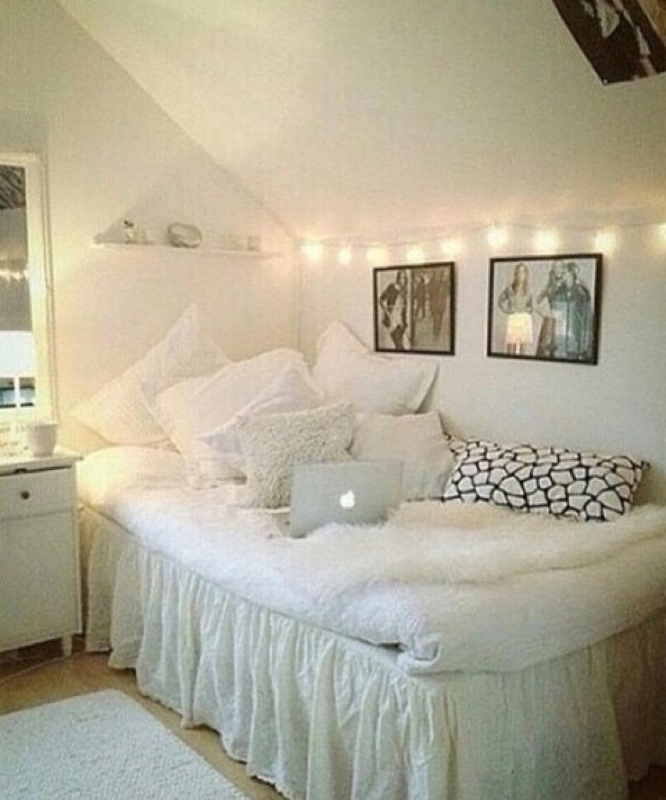 Tumblr room ideas for small rooms - Bedroom Room Inspiration Inspo Ideas Decor Be Deco Interior Design Fairy Lights Small Tumblr Dream Home