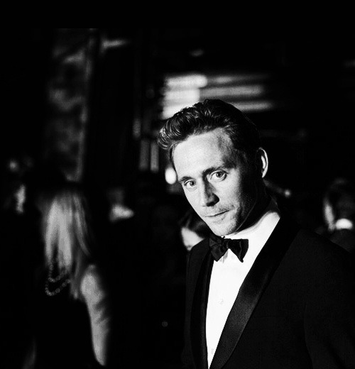 @carlitalincecum Black & White & Perfect @twhiddleston