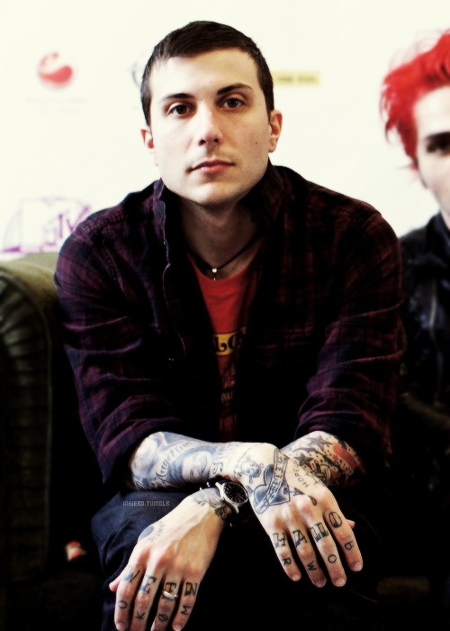 inkiero:   [7/15] pictures of Frank Iero