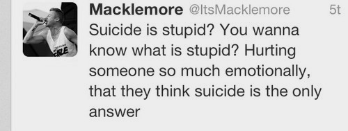 existentialist-bitch:  Wow. I didn't like macklemore and then I saw this and completely changed my mind.