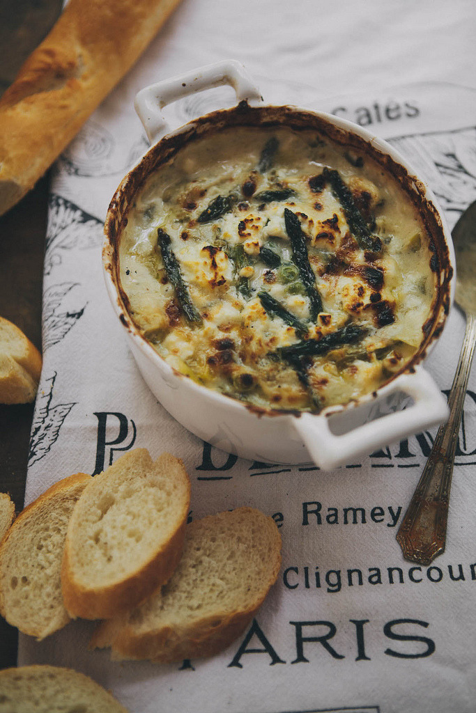 keroiam:  Recipe:  Spring Vegetable & Goat Cheese Dip