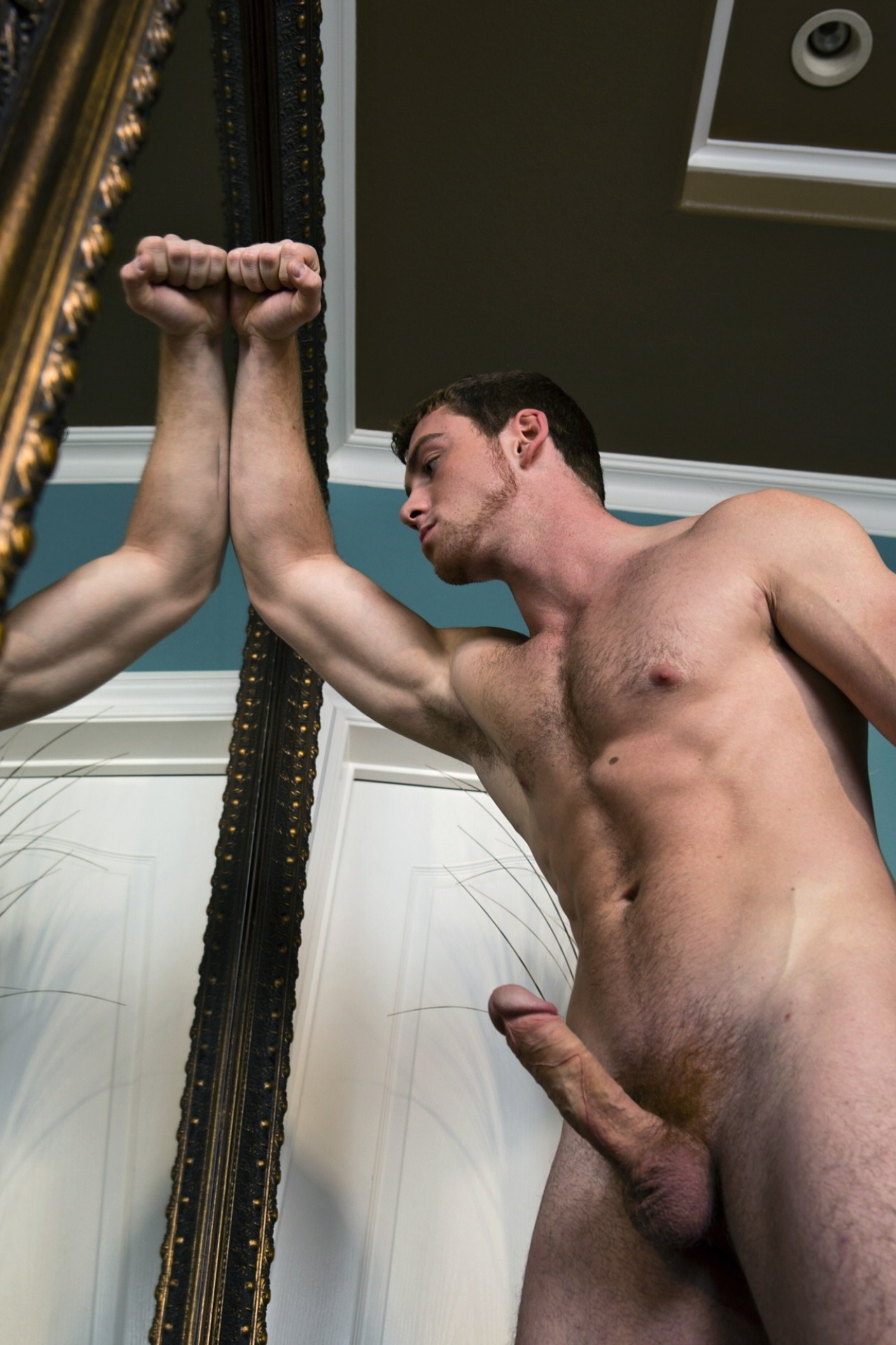 malegalore:  Connor Maguire shows his morning boner