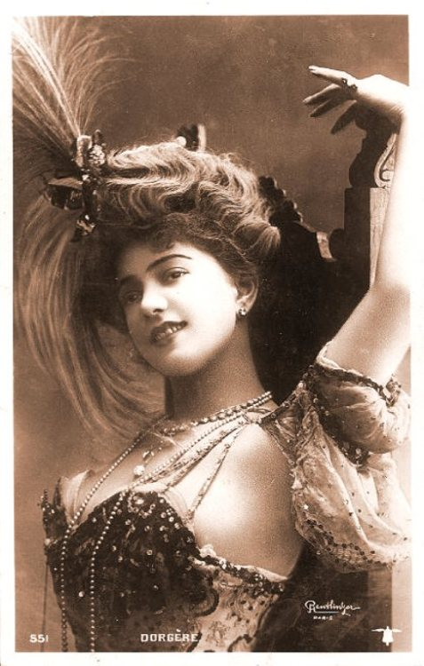 spellbound-one:  French Edwardian burlesque dancer, Arlette Dorgere