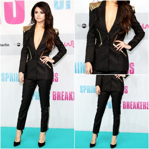 red carpet OUTFIT OF MONTH: February ♥ ‏ Selena wears: Versace Atelier Spring 2013 Suit CASADEI Contrast Piped Pumps