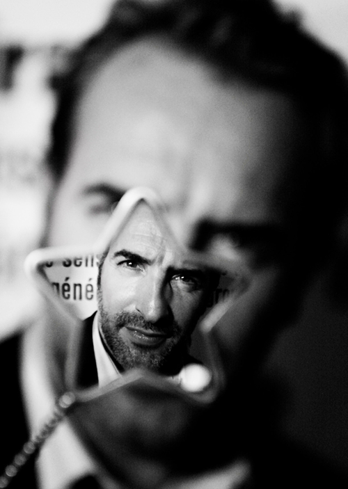 hermione:  Jean Dujardin photographed by Stanislas Zanko, 2010  Nice photo.