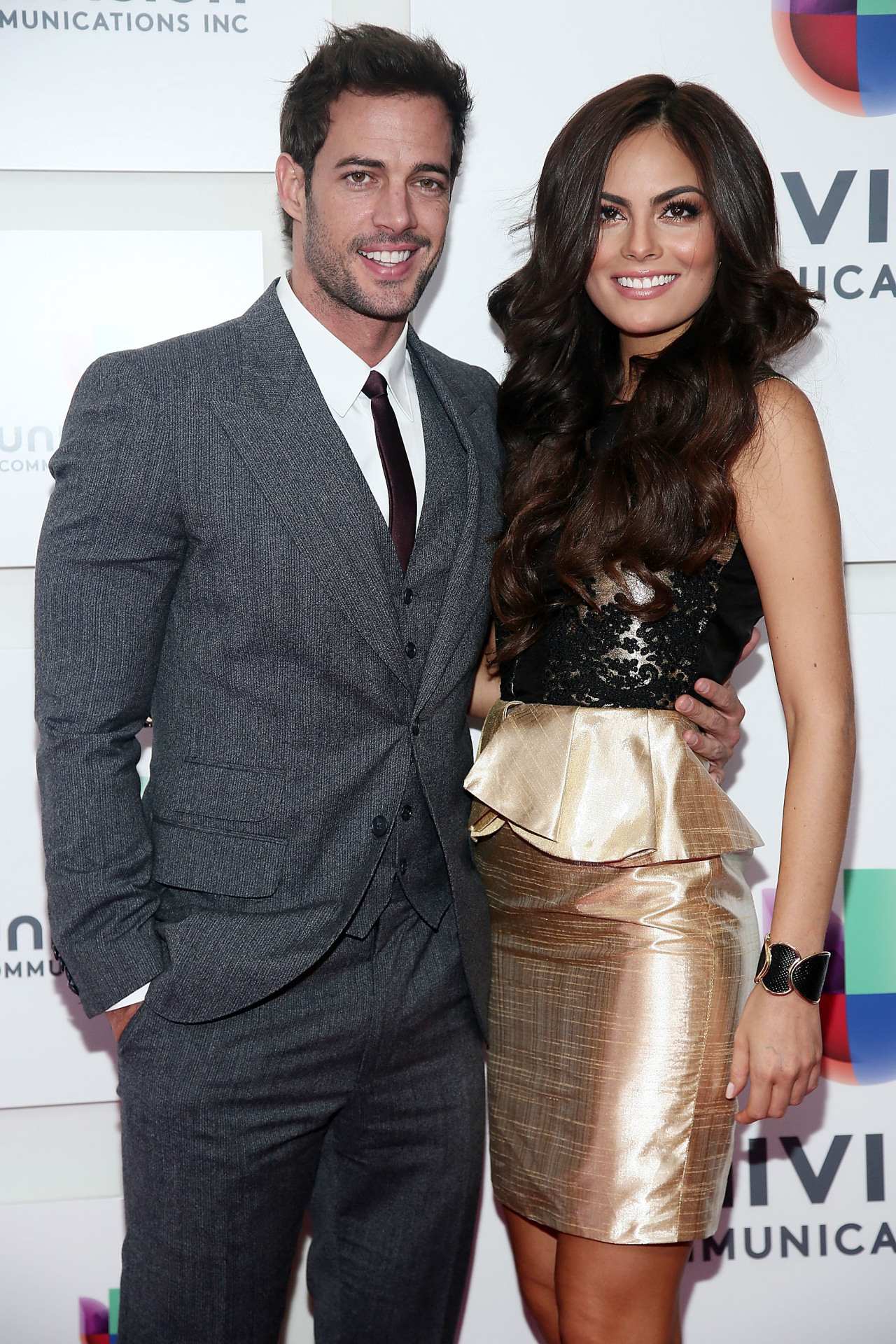 More HQ pictures of William & Ximena at www.williamlevyfans.com