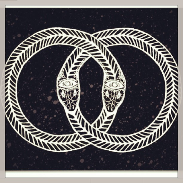 aintnuthingnice:  Ouroboros. All is one. #thoth