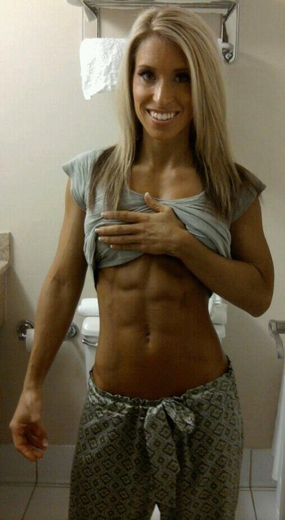 gymfitnessgirls:  GYM Fitness Girls Via Daily Fitness Babes