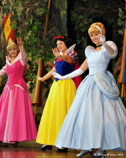 adisneyprincessinprogress:  Princess Fantasy Faire _4921 by Disney-Grandpa on Flickr.