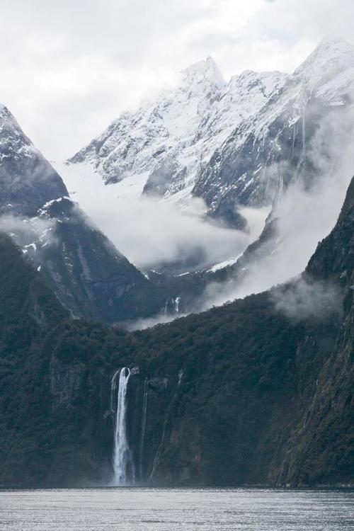 forestryspirit:  Mountains Waterfall - Photo from weheartit - for more go to forestryspirit ♥