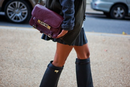 Unf! Love those Givenchy boots! Seriously. Just. I LOVE THEM!