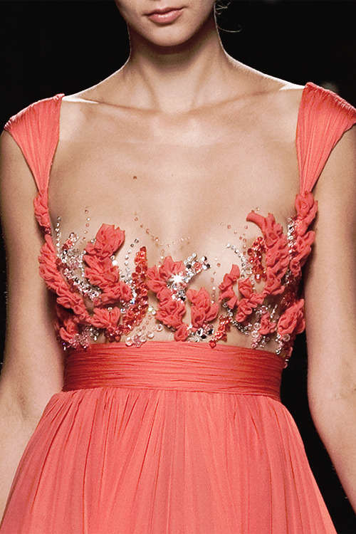 notordinaryfashion:  daily-runway:  Tony Ward Fall/Winter 2009