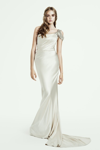 "helloweddingdiary:  Pallas Couture 2013/2014 ""Delicacy collection"" bridal collection"