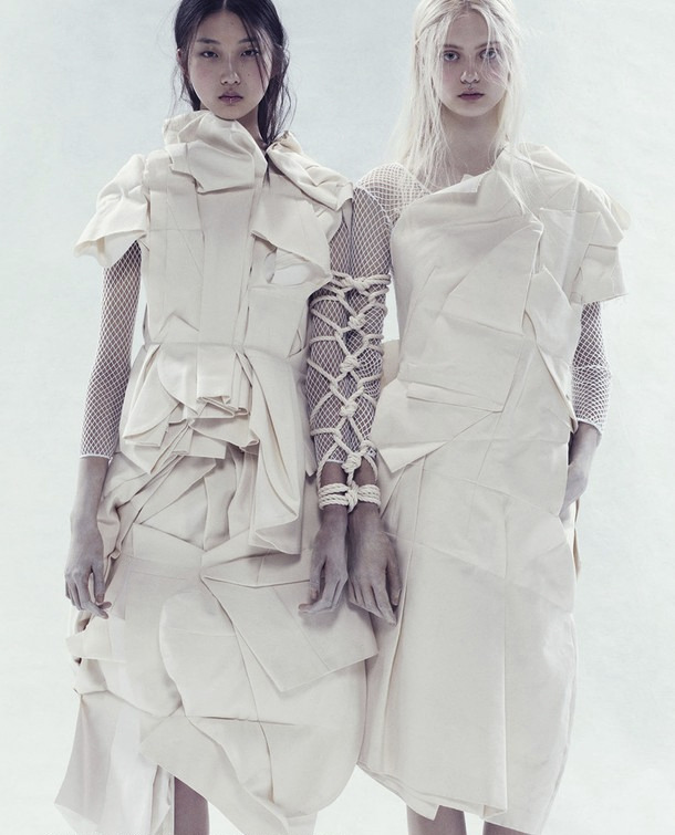 "bienenkiste:  ""Bloom where you are planted"". Yue Ning and Nastya Kusakina by Paola Kudacki for i-D Spring 2013"
