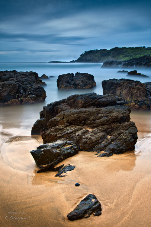 Rocks At Kiama Downs.. (by Carlo Olegario)