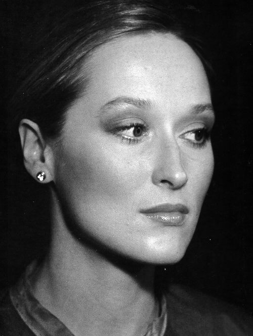 Probably this pic's been posted at least once before, but omg young Meryl is soooo gorgeous!