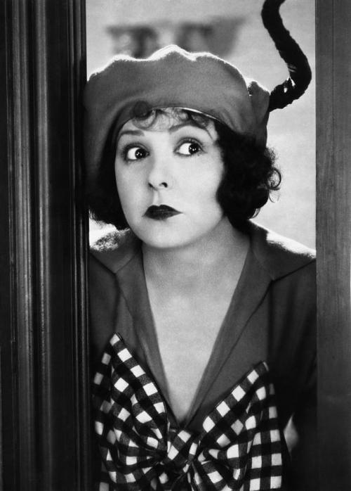 miss-flapper:  Norma Talmadge in Kiki | 1926