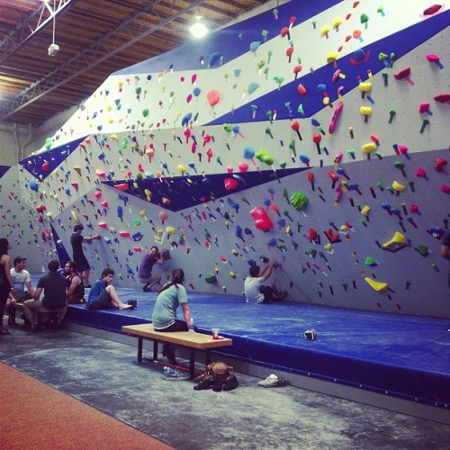 Challenge accepted! #climbing #bouldering  (at top out climbing )