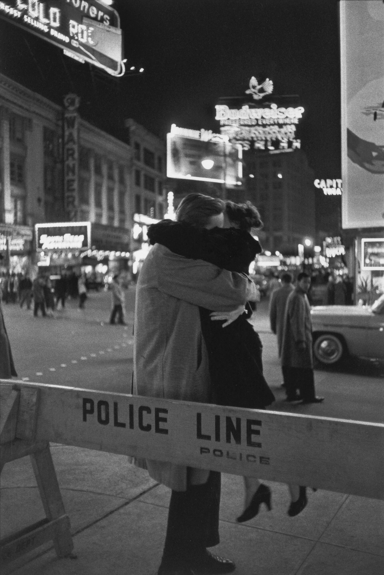 tamburina:  Henri Cartier-Bresson New Year's Eve, Times Square, New York City, 1959