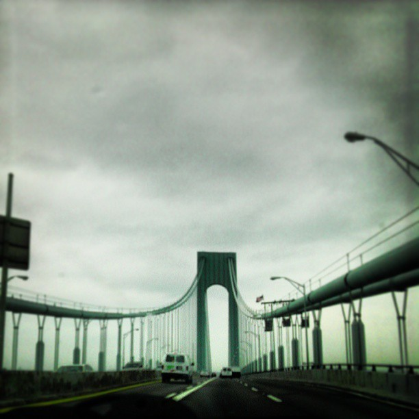 On this gloomy afternoon… #Verrazano #bridge #beautiful  #car #gloomy #NYC #road #statenisland #Brooklyn