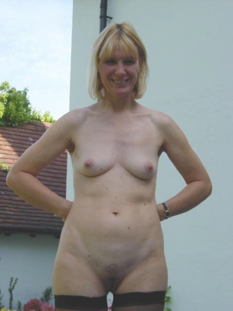 Bored UK Mums aka milfs - Chesterfield mum in just a pair of ...